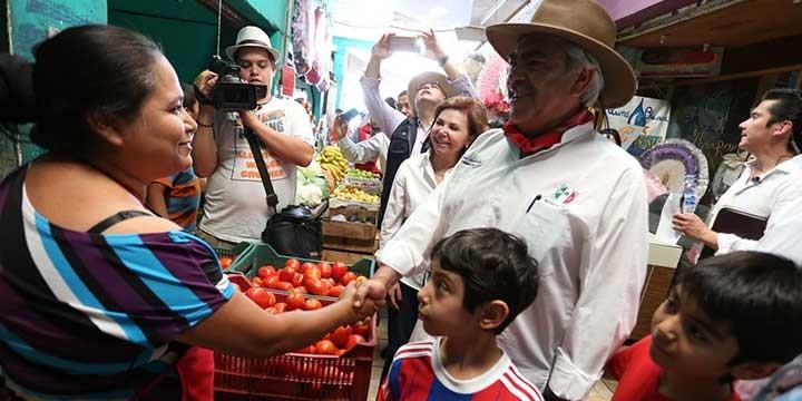 Promete Orihuela seguir rescate de Tierra Caliente
