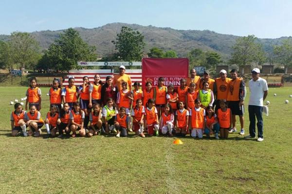 FMF celebró el Día del Fútbol Femenino