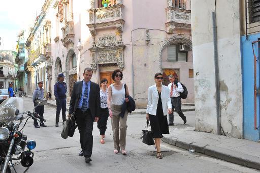EEUU no planea cambiar por ahora su política migratoria con Cuba