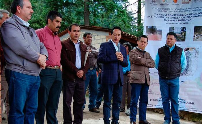 Construirán 32 locales en santuario a la Mariposa Monarca