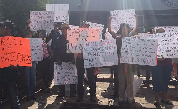 Denuncian habitantes de Apatzingán despojo de tierras