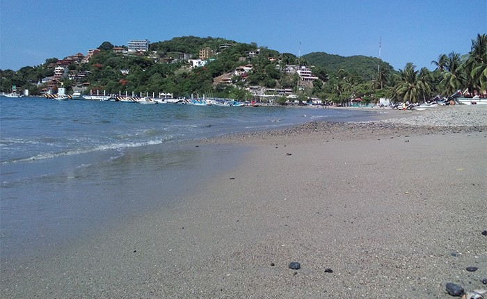 Playas de Zihuatanejo, todas aptas para uso recreativo