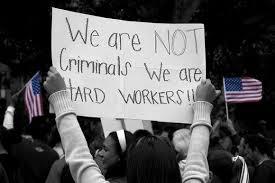 Inmigrantes comenten menos crímenes que los nacidos en EE.UU., según informe