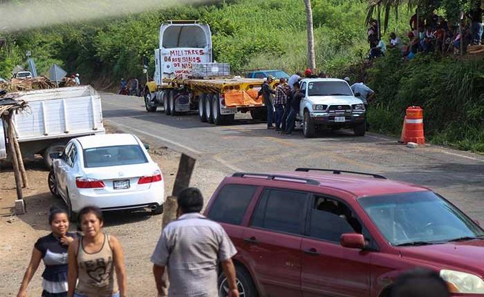 Indígenas de Ostula desmienten acuerdos con Michoacán