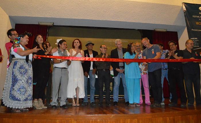 Inauguran el Festival Internacional de Cine en Uruapan