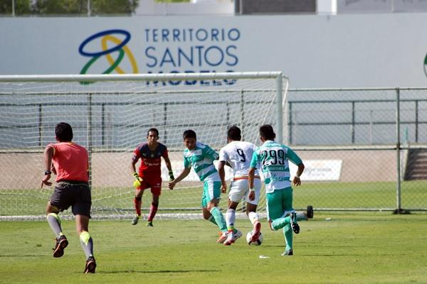 Tri Sub-17 venció a Santos en amistoso