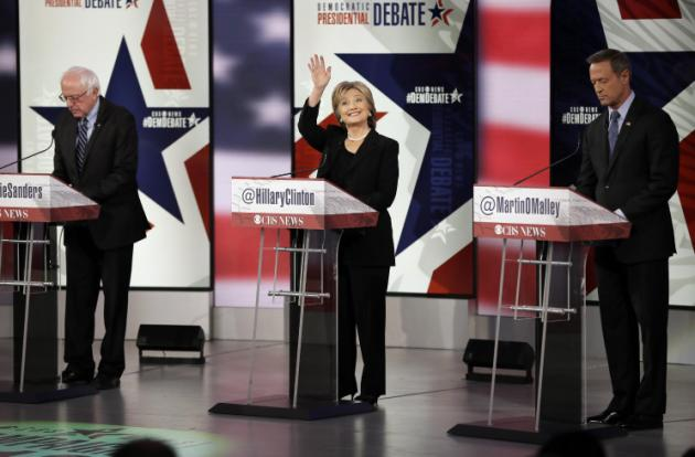 Demócratas Clinton y Sanders debaten sobre política exterior