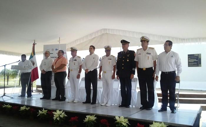 Reconoce SAT a la Armada de México