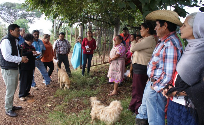 Atienden necesidades en Salvador Escalante