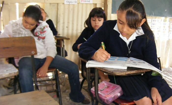 Destinan 15 mil pesos a 23 escuelas de Cuitzeo