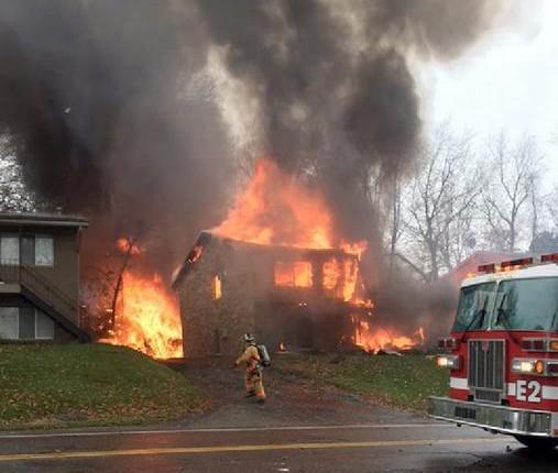 Mueren 2 personas en accidente de avión ejecutivo en Ohio