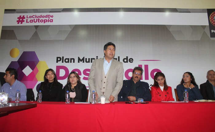Edil de Pátzcuaro presenta el Plan de Desarrollo Municipal