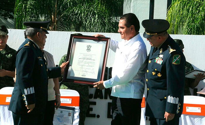 Silvano reconoce apoyo del Ejército Mexicano a Michoacán