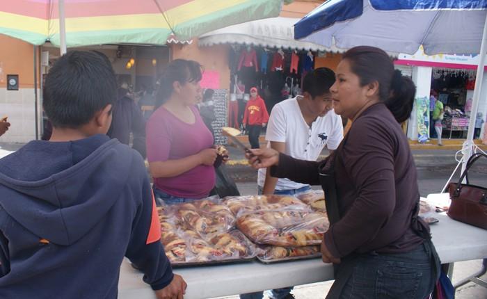 Arranca la tradicional venta de Rosca de Reyes