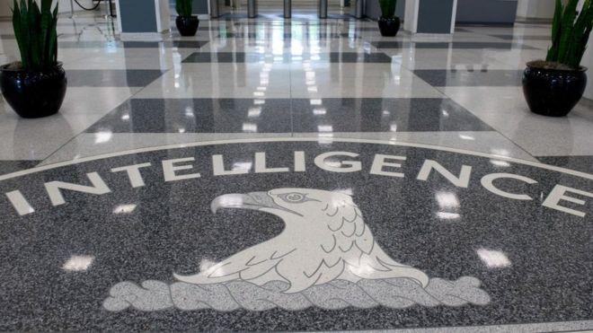Las herramientas de la CIA para 'hackear' teléfonos y televisores, según la última filtración WikiLeaks
