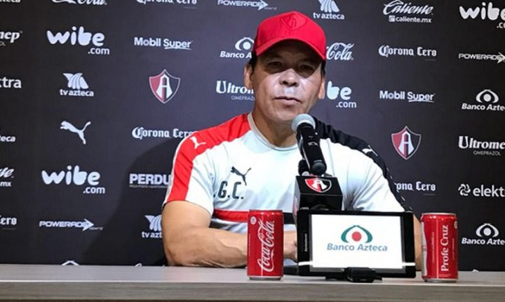 Profe Cruz descartó problemas con el Chavo Alustiza