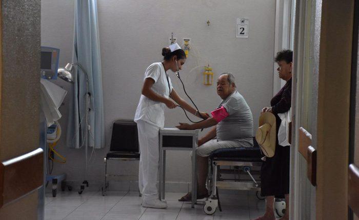 Fortalecen Hospital Comunitario de Carácuaro-Nocupétaro