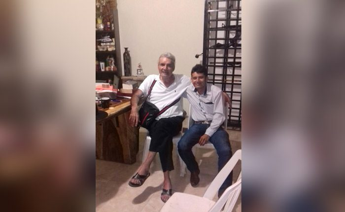 Mireles y Cemeí se reúnen en la costa michoacana