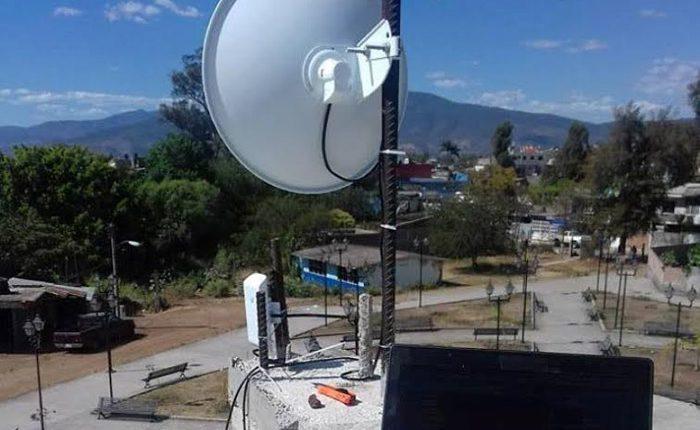 Instalan nuevo punto de acceso gratis a internet en La Higuerita
