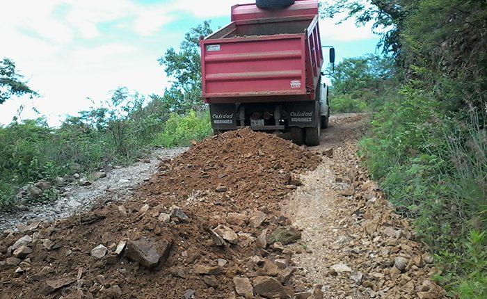 Invierten 3 mdp en obras rurales en Marcos Castellanos