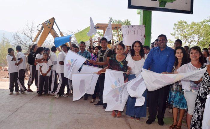 Inicia IIFEEM obras en Telesecundaria de Benito Juárez