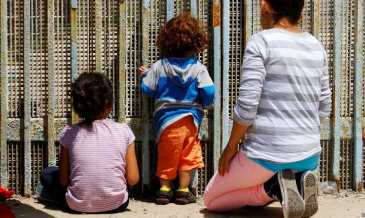 Kelly: Arrestar a padres podría sofocar el tráfico humano hacia EE.UU.