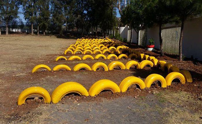 En Plantel del Cobaem construyen estacionamiento ecológico