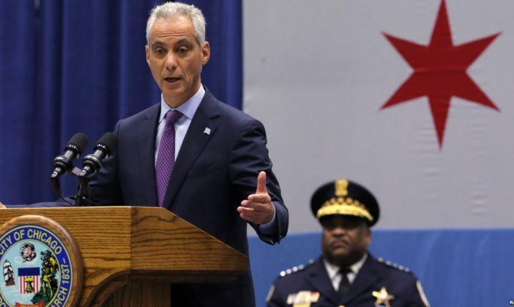 """Alcalde de Chicago rechaza """"chantaje"""" a ciudades santuario: demanda al gobierno"""