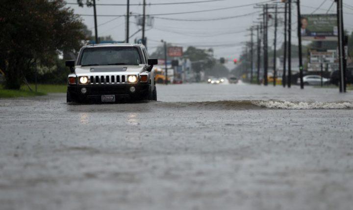 Trump declara emergencia en Louisiana por Harvey