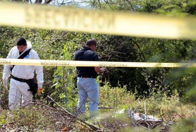 Asesinan a un irlandés en carretera de Michoacán