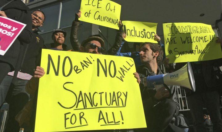 """Sessions a ciudades santuario: """"no fondos si no ayudan a detener y deportar"""""""