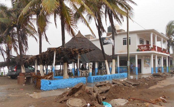 Playa Azul, de lugar turístico al completo olvido